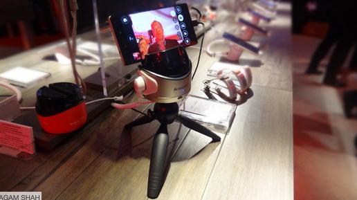 Robot - ces_lenovo