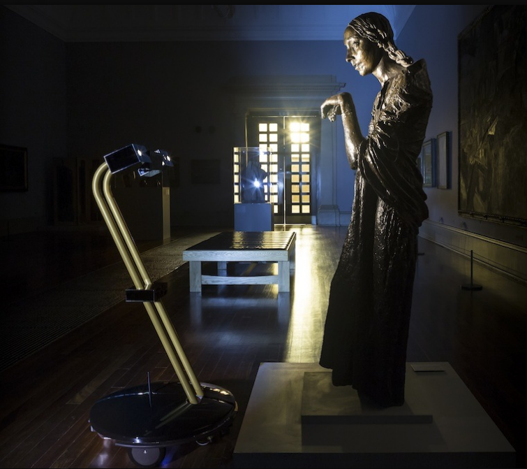 ロボットで夜の美術館を巡る神秘的な体験(http://www.tate.org.uk/より)