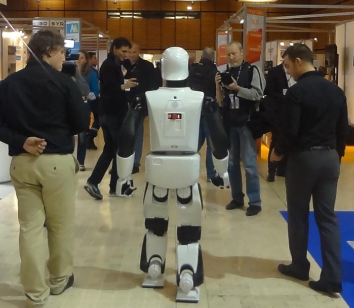 こちらはヒューマノイド・ロボットのリームC(Reem C)