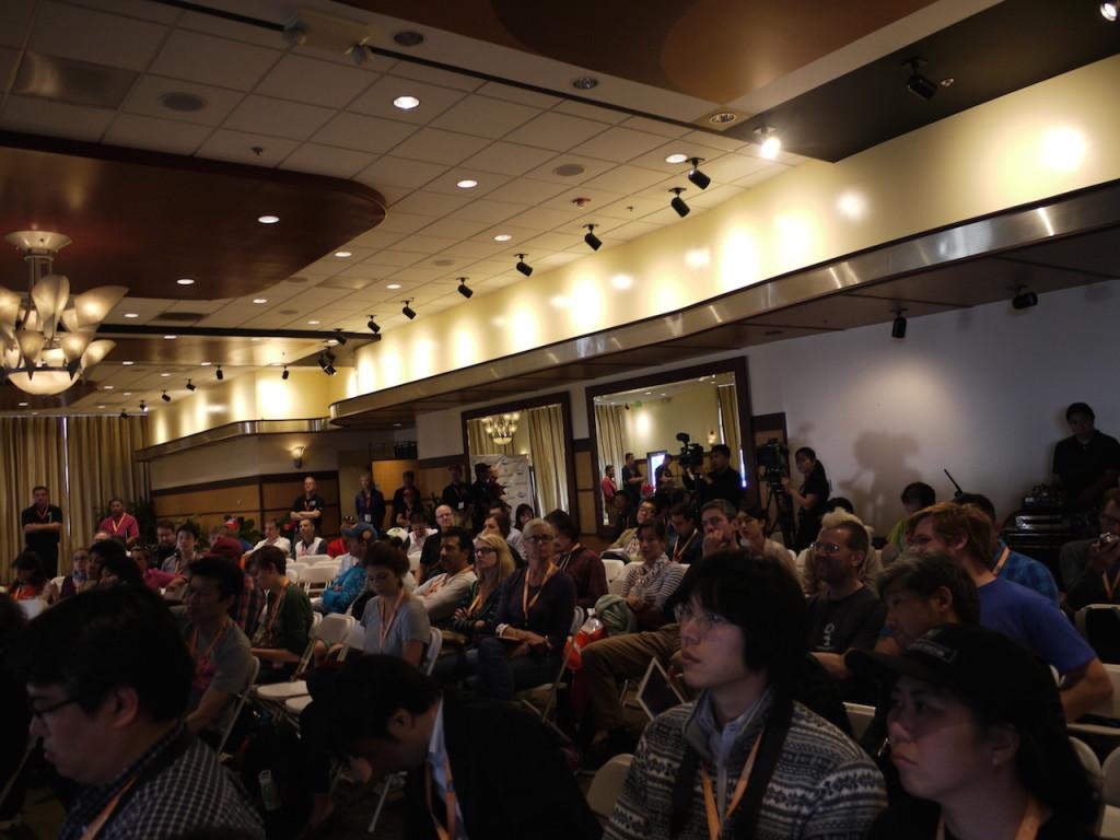 メディア・ブリーフィングに集まったジャーナリストたち