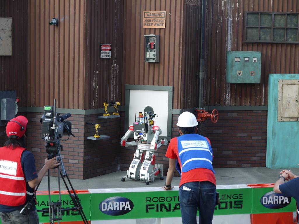 チームDRC-Huboのロボット